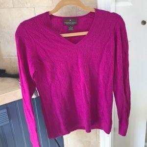100% magenta cashmere sweater. Fenn wright Manson